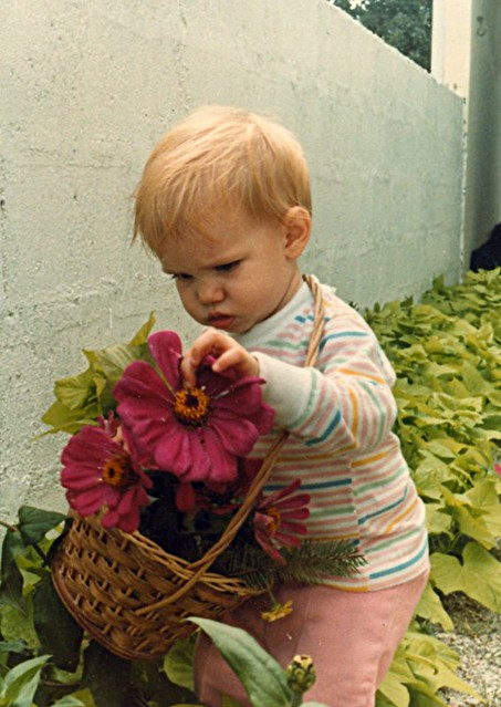 Babies Photos with Flowers