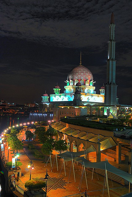 Putra Mosque / Masjid Putra I