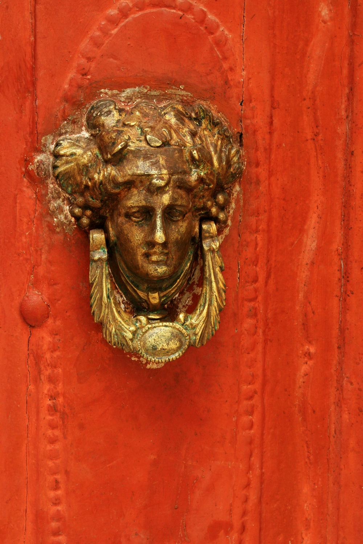 Doorknocker, Symi island