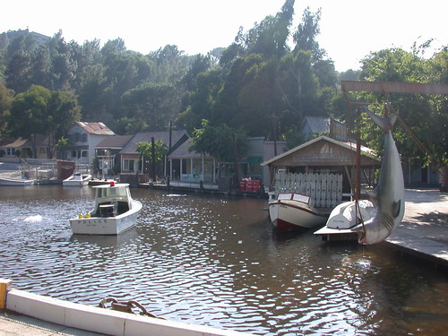 Amity Lake (Singapore Lake)