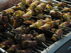 barbecue(0.0), produce(0.0), meal(1.0), roasting(1.0), grilling(1.0), brochette(1.0), meat(1.0), food(1.0), dish(1.0), shashlik(1.0), kebab(1.0), cuisine(1.0), souvlaki(1.0), skewer(1.0), grilled food(1.0),