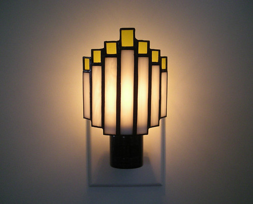 Arched Art Deco Night Light in Yellow and White Stained Glass