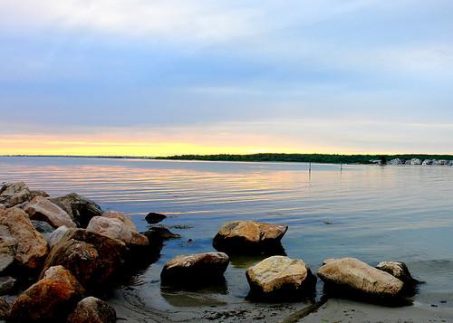 sunset water newengland reflexions soe otw flickrsbest fineartphotos abigfave favemegroup3 goldstaraward flickrestrellas rubyphotographer thechallengefactory jediphotographer