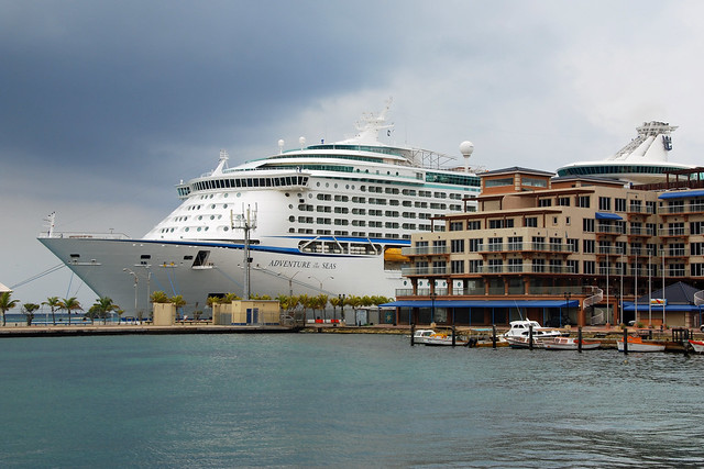Aruba Cruise Ship In Port   Flickr - Photo Sharing!