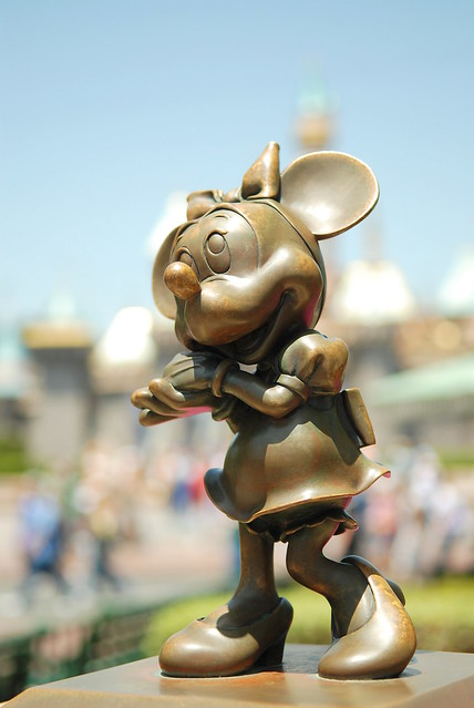 Disneyland Bronze - Minnie Mouse