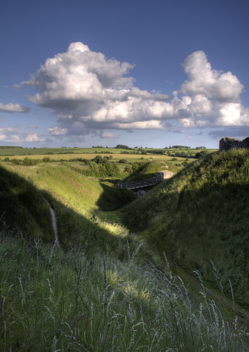 castle norfolk greatshot sensational earthworks castleacre blueribbonwinner bej golddragon abigfave platinumphoto isawyoufirst diamondclassphotographer flickrdiamond betterthangood goldstaraward