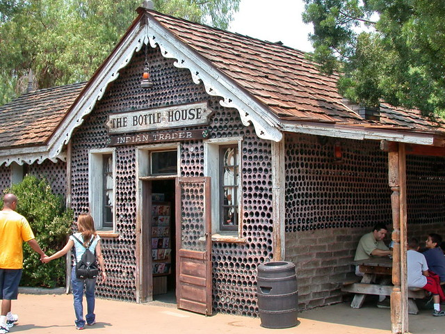 Remarkable houses built with bottles recyclescene - Building a house with plastic bottles ...