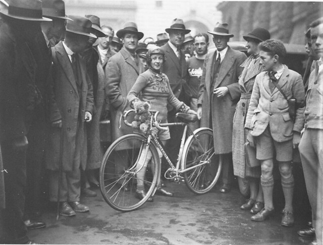 Billie Samuels leaving to ride to Melbourne on a Malvern Star bicycle, 4 July 1934, by Sam Hood
