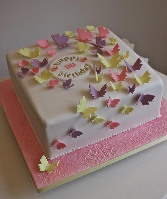 Photo for Gardening 80th birthday cake