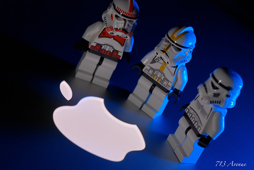 Apple vs Clone Trooper
