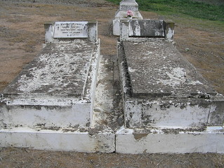 Reeves Headstone at Grenfell Cemetery, NSW