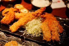 fish(0.0), chicken fingers(0.0), meal(1.0), tonkatsu(1.0), frying(1.0), deep frying(1.0), fried food(1.0), fried prawn(1.0), seafood(1.0), food(1.0), dish(1.0), cuisine(1.0), tempura(1.0),