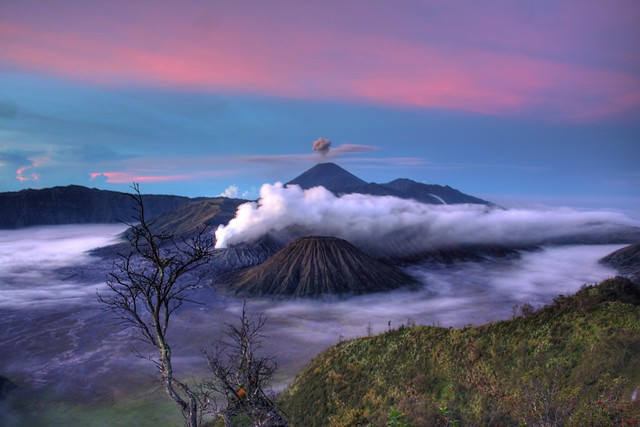 Gunung Bromo 1 HDR | Flickr - Photo Sharing!