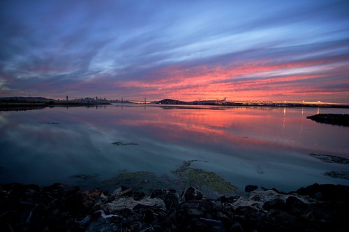 sanfrancisco california sunset sky orange reflection water clouds oakland bay unitedstates shoreline baybridge blogged