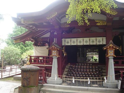 représentation d'un temple en l'honneur de susanoo
