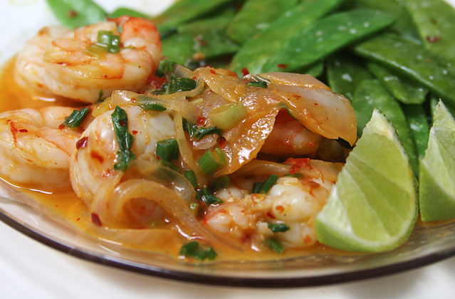 Curried shrimp with snow peas. | Flickr - Photo Sharing!