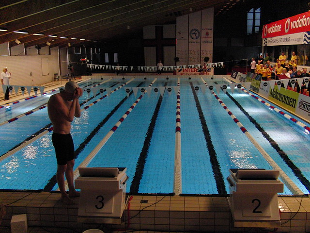 Pál readying himself for a swim at FM 2012