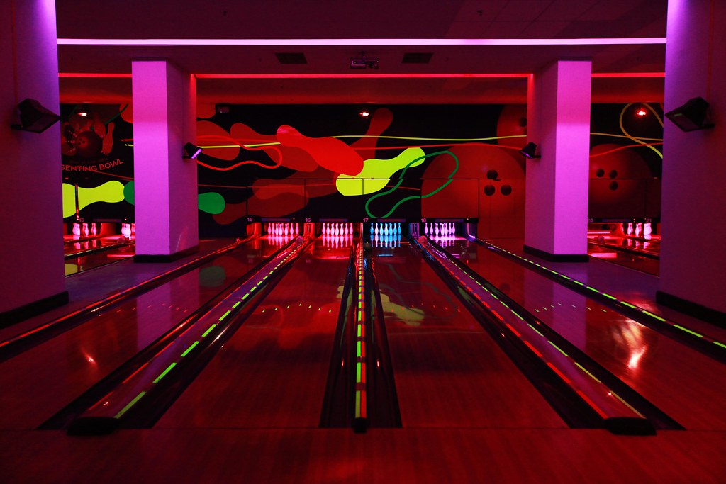 Genting Glow in the Dark Bowling