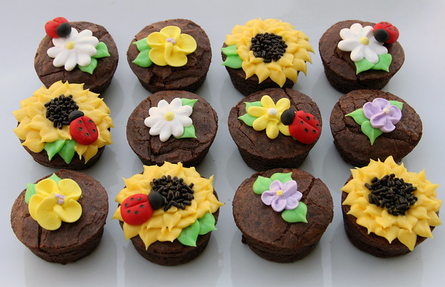 Decorated Brownie Bites | Flickr - Photo Sharing!
