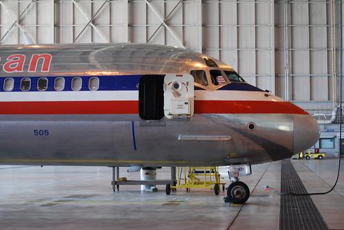 [10] MD-80 nose, with galley door open