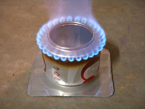 Soda can stove burning nicely brian 39 s backpacking blog for Coke can heater