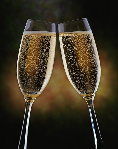 champagne toast new years