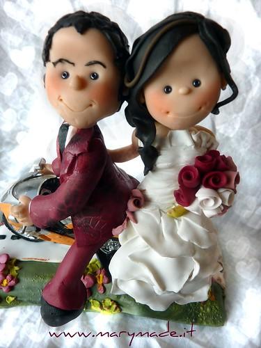 serenagualtcaketopperconmoto-cake-toppers-matrimonio