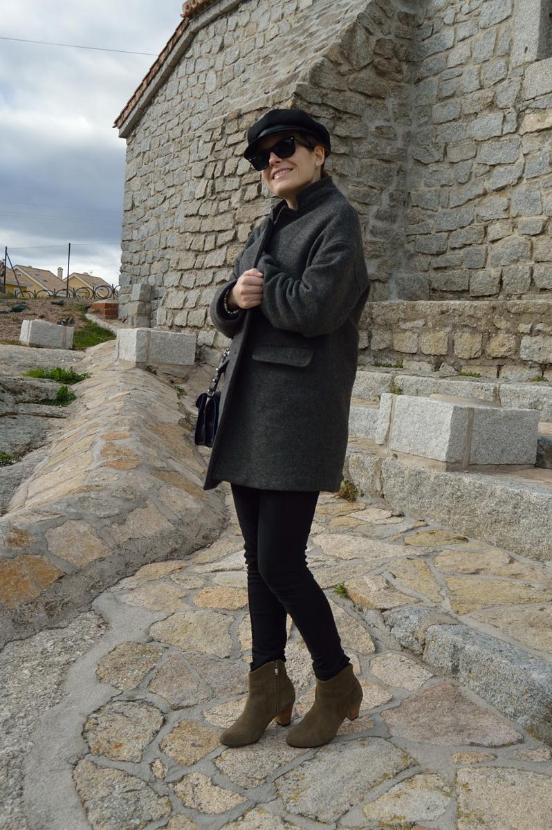 lara-vazquez-madlula-blog-black-look