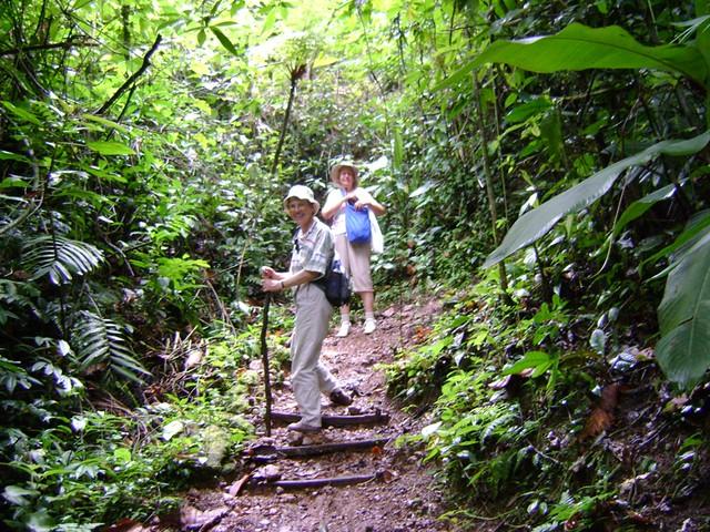Nancy Warner and Mary Sawyer   in the Cerro Azul Meámbar Nat