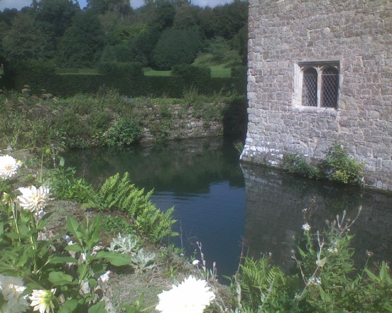 Moat Inside Ightham Mote: Open Heritage Day Sevenoaks Circular