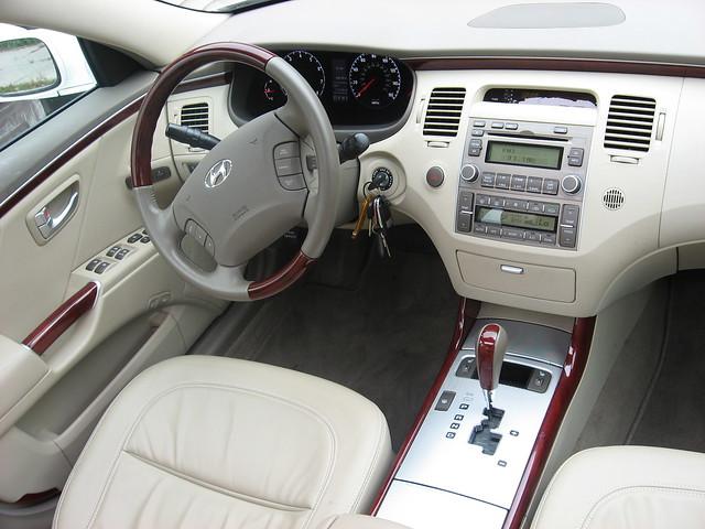 2008 Hyundai Azera 2