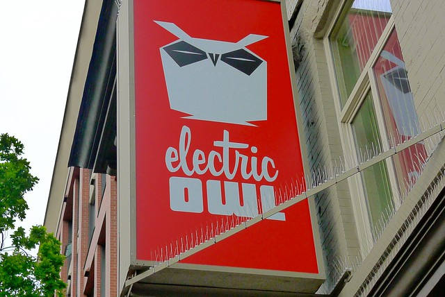 Electric Owl Social Club | Main Street