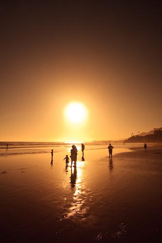 california sunset vacation silhouette kids play 10 explore pismobeach