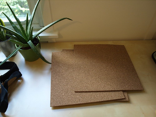 Brand eye work space redo and diy cork board for How to make a bulletin board without cork