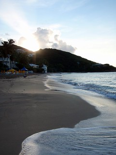 Image de Limetree Beach près de Charlotte Amalie. virginislands morningstarbeach