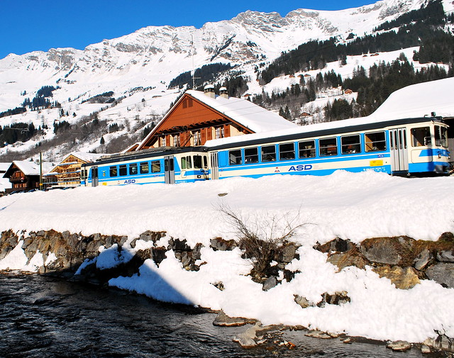 Train through the Alps - Flickr CC abhijeetrane