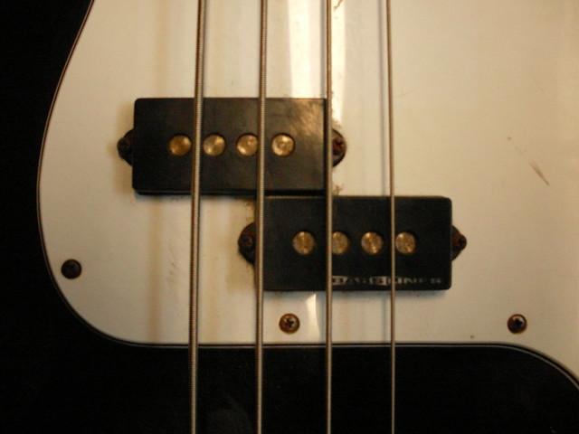 Photo:P-Bass w/ Basslines By Roadside Guitars