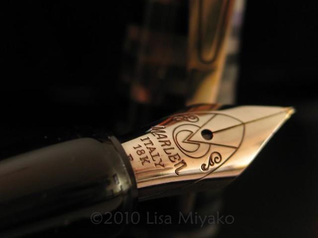Marlen MCH Paris Rings, nib close-up