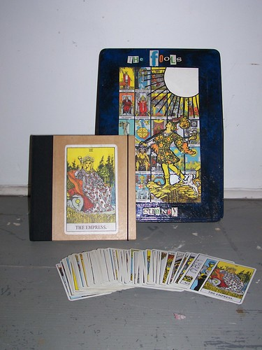 2555386788 6dc58128b4 Can a tarot card reading tell you if you are going to die soon?