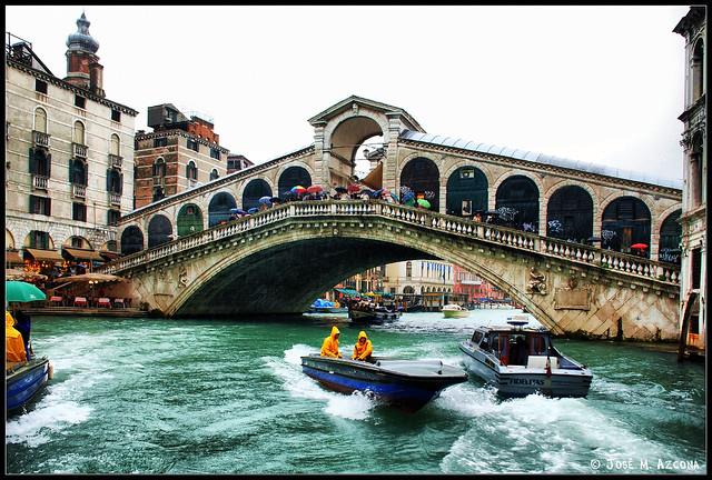 Venecia (Italia). Puente de Rialto.