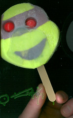 Blue Bunny :: Teenage Mutant Ninja Turtle 'Face' Bars ; Donatello bar (( 2005 -  ))