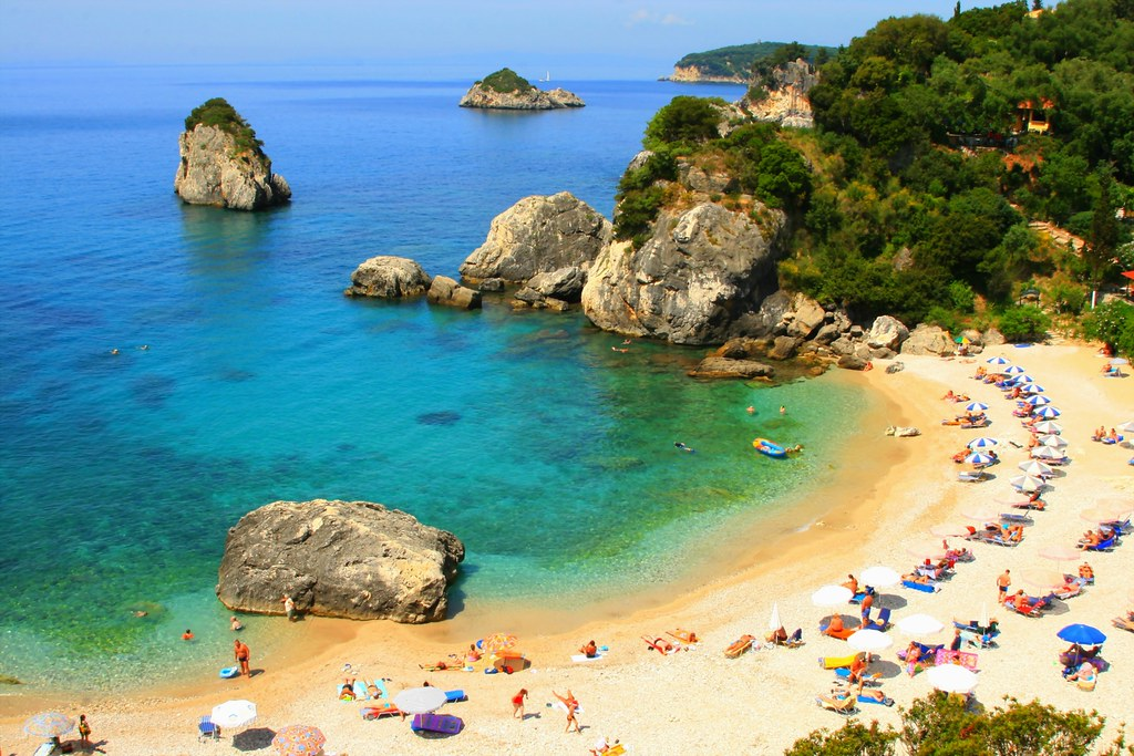 Sandy cove, Parga