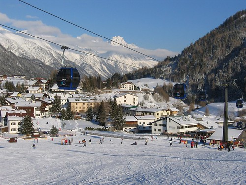 Weekend skiing in St. Anton
