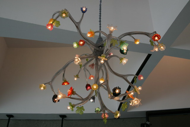 How to Hang a Chandelier - Buzzle Web Portal: Intelligent Life on