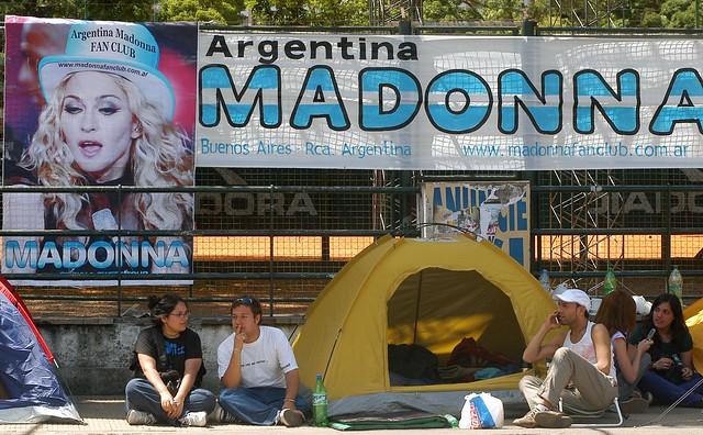 ARGENTINA-US-MADONNA-FANS