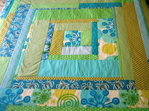 Green and blue concentric squares quilt