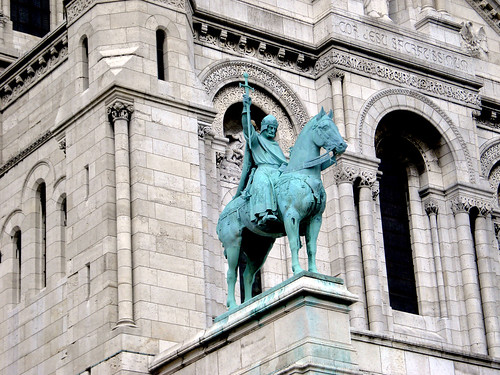020.10.06.2007 PARIS - Butte Montmartre Le Sacré Coeur - statue de St Louis