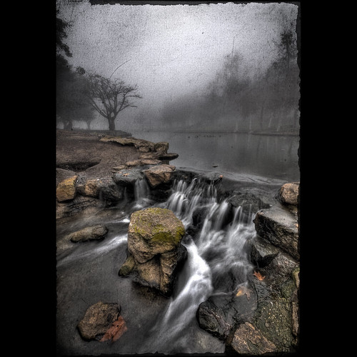 california ca texture fog sunrise dark nikon moody sigma adobe costamesa 1020 hdr d300 cs3 sigma1020mm tewinklepark tonemapped 5exp photoshopcs3 smgallery nikond300 photomatixpro31 notmuchofasunrisetoday