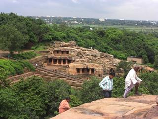 תמונה של Udayagiri. india architecture ancient buddhist caves orissa bhubaneswar udayagiri khandagiri kharavela