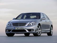 mercedes-benz w212(0.0), mercedes-benz e-class(0.0), mercedes-benz s-class(0.0), mercedes-benz c-class(0.0), automobile(1.0), automotive exterior(1.0), executive car(1.0), wheel(1.0), vehicle(1.0), mercedes-benz w221(1.0), automotive design(1.0), mercedes-benz(1.0), compact car(1.0), bumper(1.0), sedan(1.0), land vehicle(1.0), luxury vehicle(1.0),